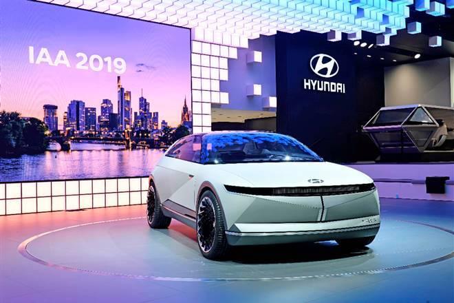 hyundai-45-ev-electric-hatchback